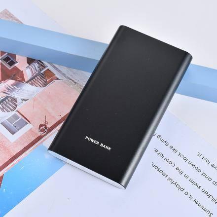 XIMISO Trendy Metal 10000mAh Taşınabilir Şarj Aleti (Powerbank), Siyah