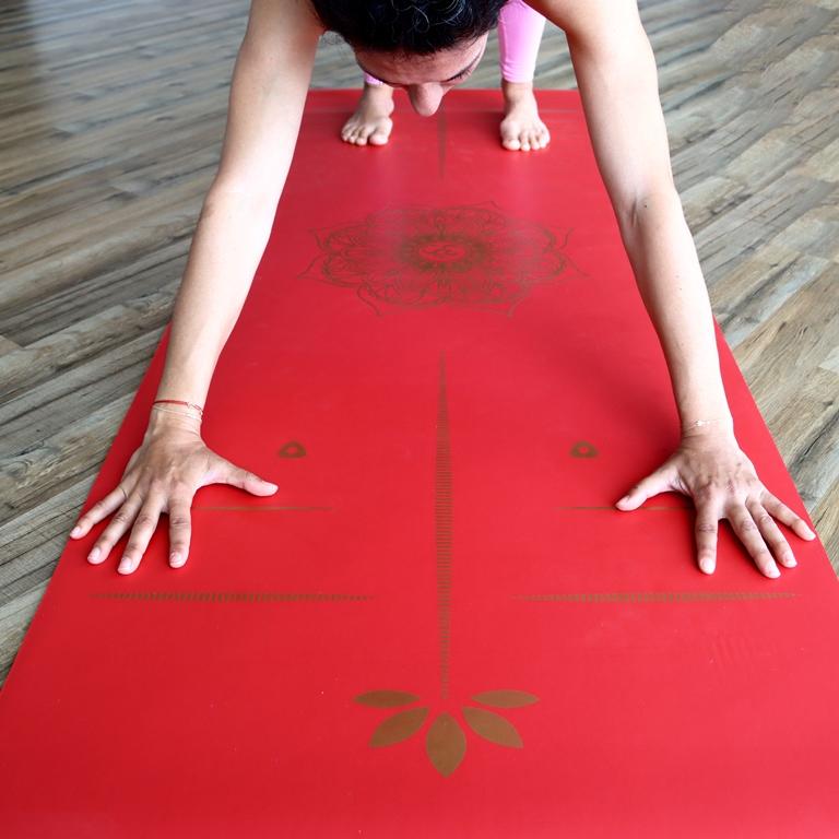 ~/Content/images/Urunler/Yogatime_5_mm_Rubber_Laser_Line_Yoga_Mati__Yesil_8.jpg